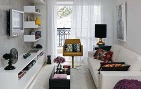 Salón En Tonos Beige Con Sofá Crema Y Cojines De Colores  Salones Decorar Salon Con Fotos