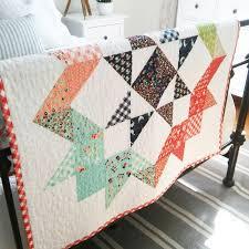 happy little cottage: Moda Love Quilt & Moda Love Quilt Adamdwight.com