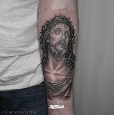 фото татуировки иисус в стиле черно белые чикано татуировки на
