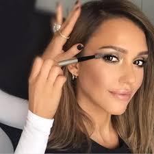 kim kardashian makeup artist salary