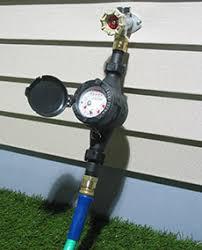 wm pc mechanical water meter between spigot and garden hose