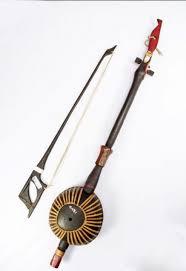 Alat musik ini berbentuk mendatar yang terdiri dari barisan gong kecil. 5 Alat Musik Tradisional Kalimantan Utara Serta Penjelasannya Tambah Pinter