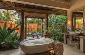 10 Stunning Tropical Bathroom Dcor Ideas to Inspire You To see more  Luxury Bathroom ideas