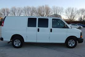 2004 Chevrolet Express Cargo - Information and photos - ZombieDrive