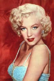 Marilyn Monroe Hairstyle 17 Best Images About Marilyn Monroe On Pinterest Beach Look