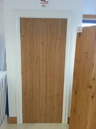 masterful doors and frame cote oak door with white frame and architrave oak doors