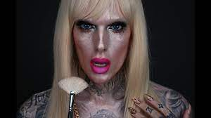 A member of star's team posted a photo on friday of the youtube star, 35, and his friend daniel lucas holding hands in the. Full Face Using Only Highlighters Challenge Jeffree Star Youtube
