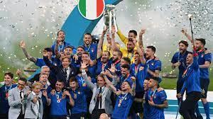 """EM - Pressestimmen zum Finale zwischen Italien und England: """"Mancini in  Tränen, Wembley ist blau"""" - Eurosport"""