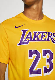 The lakers compete in the national basketball association (nba) as a member of the league's western conference pacific division. Nike Performance Nba Los Angeles Lakers Lebron James Name And Number Tee Vereinsmannschaften Amarillo Gelb Zalando De