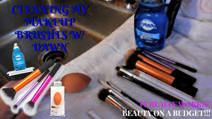 how to clean your makeup brushes using dawn