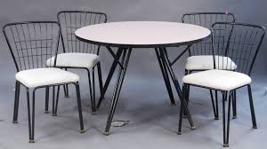 Round Formica Table Auction Catalog Nadeaus Auction Gallery