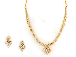 short and light weight diamond necklace