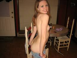 Heavenly model giving wild blow job then handjob in home made po.