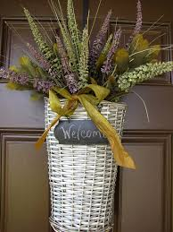 front door hangingsThe 25 best Fall decorating ideas for the porch front doors ideas
