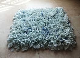 rag rug bathroom