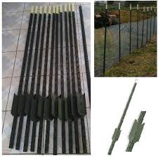Metal fence post Thin Steel Stakes Metal Fence Post Posts Studded Barrier Fencing Fence Pins Wire Mesh Outdoor Decorations Steel Stakes Metal Fence Post Posts Studded Barrier Fencing Fence