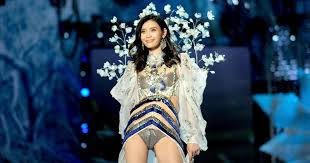 Ming Xi Victorias Secret Fashion Show Fall - Twitter