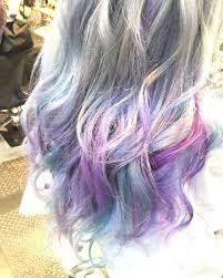 海外で話題な髪色みんなの可愛いユニコーンカラー10選feelyフィーリー