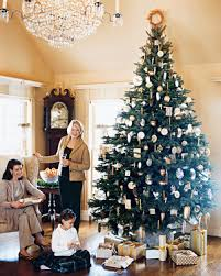 Martha's Holiday Decorating Ideas