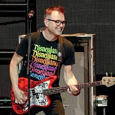 Blink-182 bassist Mark Hoppus announces he is cancer-free | Pop and rock