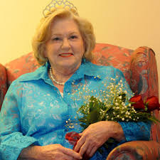 Mary Holt crowned 2014 Mrs. Wesley manor | Latest Headlines |  dothaneagle.com
