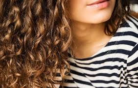 Jaký Je Nejlepší účes Pro Kudrnaté Vlasy Czlamareschaleorg