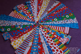 Circle Quilt Tutorial | Jaybird Quilts & Circle Quilt Tutorial Adamdwight.com