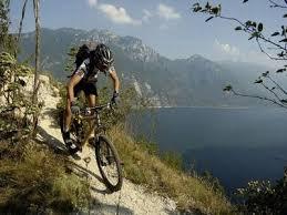 riding in lake garda italy