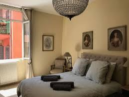 Colonna Schöne 2 Schlafzimmer Wohnung Im Herzen Von Vieux Nice