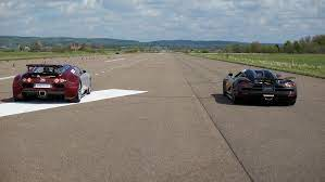 Bugatti chiron totally broke every expectation with its tremendous power, especially in terms of speed. Race Koenigsegg Agera S Vs Bugatti Veyron 16 4 X 5 Races Action Version Multicamera Youtube