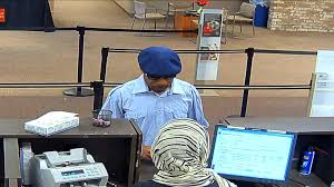 bank robber caught on camera in minneapolis wells fargo wcco bank robber caught on camera in minneapolis wells fargo