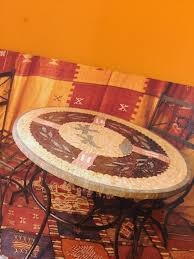 beautiful marble didning table