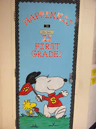 animated classroom door. snoopy door decoration idea- melissa fox i need some help! although mine needs to say kindergarten and it is for the hallway bulletin board. animated classroom s