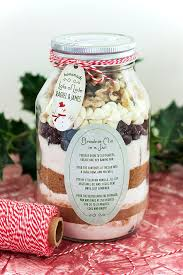 diy holiday gift idea layered brownie mix in a jar evermine evermine