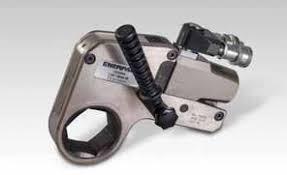 Pressure Versus Torque W Series Torque Wrenches