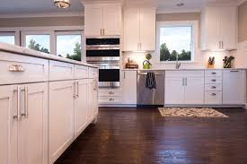 Sleek SUBLIPALAWAN Style 35 Striking White Kitchens with Dark
