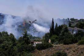 Φωτιά στην Εύβοια: Μήνυμα από το 112 - «Απομακρυνθείτε αμέσως» | in.gr