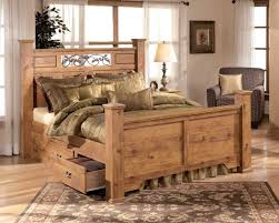 Pine Furniture Bedroom Poster Bedroom Set With Underbed Storage In Pine Grain