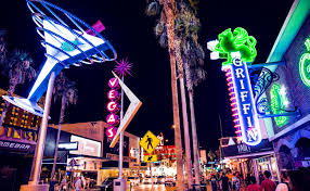 Happy Hour In Las Vegas Raise Your Glass
