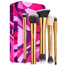today in holiday 2016 brush sets skincare sets by tarte marc jacobs beauty glamglow beautyblender