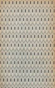 pattern from the back cover of the penguin book of french verse 4