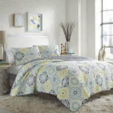 let the sunshine into your bedroom with this bright comforter set