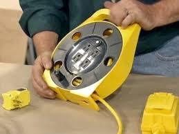 circuit breaker has 4 s and retractable cord