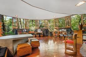 5 Frank Lloyd Wright Houses For Sale Frank Lloyd Wright Architecture