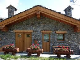 Case Di Montagna Interno : Morgex baita di montagna appena ristrutturata arredata con cura