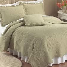 sage green bedroom king quilt bedding