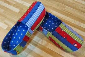 Cool Cats and Quilts: Quilted Slippers, Jack & Jill Slippers ... & The slippers make great Christmas gifts, and you still have time to make  them for Christmas! The pattern will be widely available shortly, and on my  etsy ... Adamdwight.com
