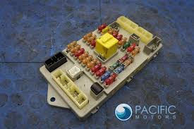 bentley pacific motors secondary fuseboard fuse relay box pm106457 pm106457pc oem bentley arnage