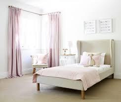 Inspiration Schlafzimmer Schöne Flügel Kopfteil Plattform Bettwäsche