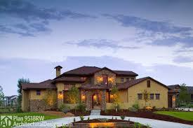 Tuscan Farmhouse Style House Plans Design